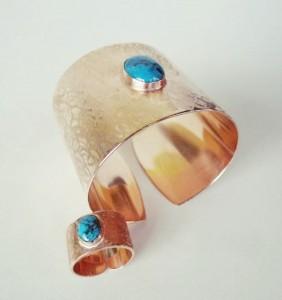 Aranyozott türkizkoves gyűrű és karkötő