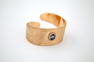 lápisz lazuli köves rézkarkötő