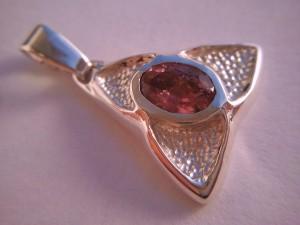 ezüst medál turmalin kővel